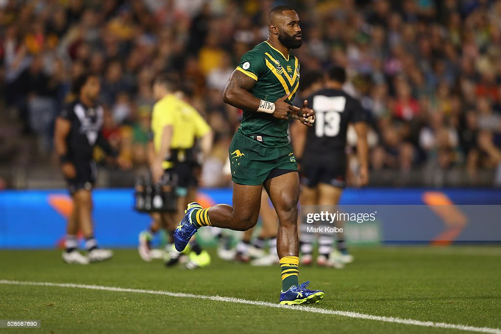 <a gi-track='captionPersonalityLinkClicked' href=/galleries/search?phrase=Semi+Radradra&family=editorial&specificpeople=7896121 ng-click='$event.stopPropagation()'>Semi Radradra</a> of the Kanagroos leaves the field after being given ten minutes in the sin bin during the International Rugby League Trans Tasman Test match between the Australian Kangaroos and the New Zealand Kiwis at Hunter Stadium on May 6, 2016 in Newcastle, Australia.