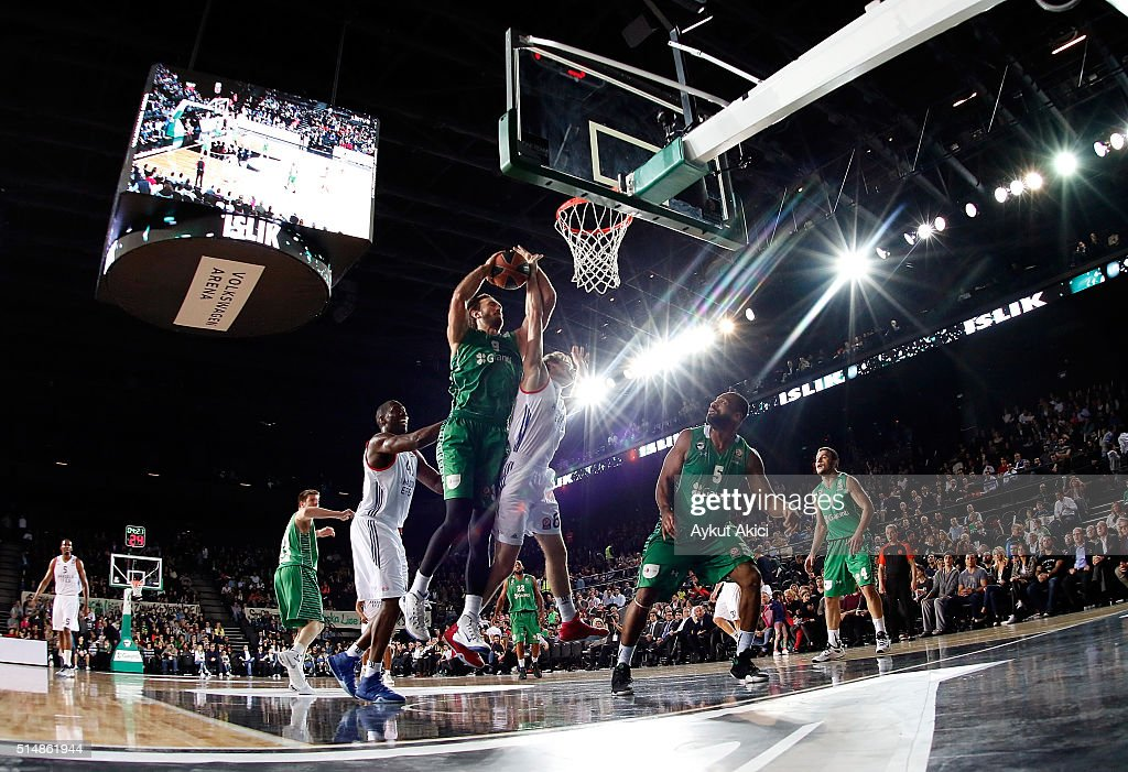 Semih Erden #9 of Darussafaka Dogus Istanbul in action during the 20152016 Turkish Airlines Euroleague Basketball Top 16 Round 10 game between...