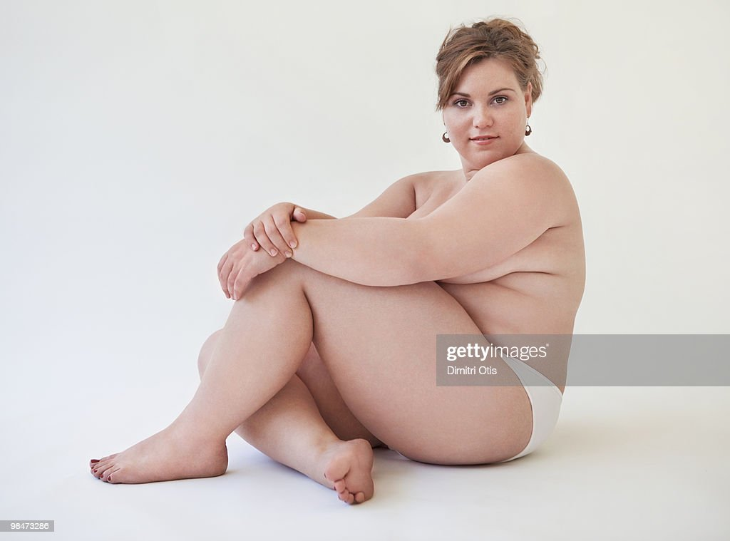 size nude plus Woman model