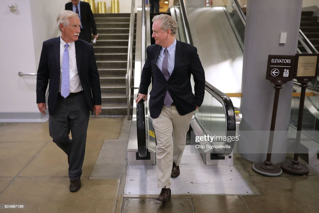 """Senators Return To Capitol Hill After """"Skinny Repeal"""" Of Obamacare Fails"""