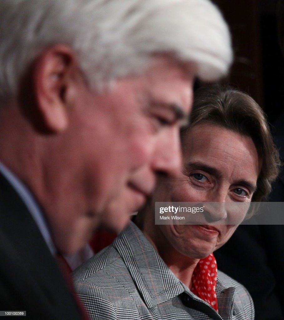 Sen. <a gi-track='captionPersonalityLinkClicked' href=/galleries/search?phrase=Blanche+Lincoln&family=editorial&specificpeople=504930 ng-click='$event.stopPropagation()'>Blanche Lincoln</a> (D-AR) (R), and Sen. <a gi-track='captionPersonalityLinkClicked' href=/galleries/search?phrase=Christopher+Dodd+-+Politician&family=editorial&specificpeople=207036 ng-click='$event.stopPropagation()'>Christopher Dodd</a> (D-CT) smile after voting to pass Wall Street reform, on May 20, 2010 in Washington, DC. In a 59-39 vote the Senate passed the landmark Wall Street regularly reform bill that will increase restrictions on the banking industry.