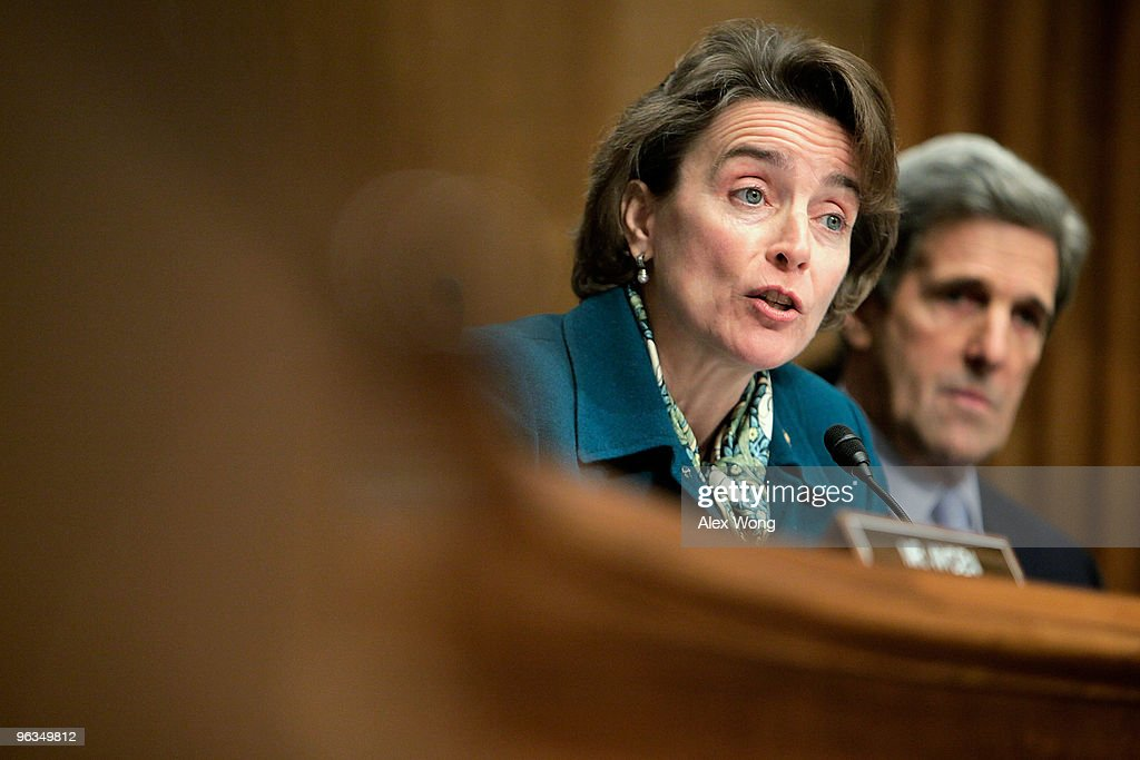 U.S. Sen. <a gi-track='captionPersonalityLinkClicked' href=/galleries/search?phrase=Blanche+Lincoln&family=editorial&specificpeople=504930 ng-click='$event.stopPropagation()'>Blanche Lincoln</a> (D-AR) (L) speaks as Sen. <a gi-track='captionPersonalityLinkClicked' href=/galleries/search?phrase=John+Kerry&family=editorial&specificpeople=154885 ng-click='$event.stopPropagation()'>John Kerry</a> (D-MA) (R) looks on during a hearing before the Senate Finance Committee on Capitol Hill February 2, 2010 in Washington, DC. The hearing was to examine the Obama Administration's budget proposal for FY2011.