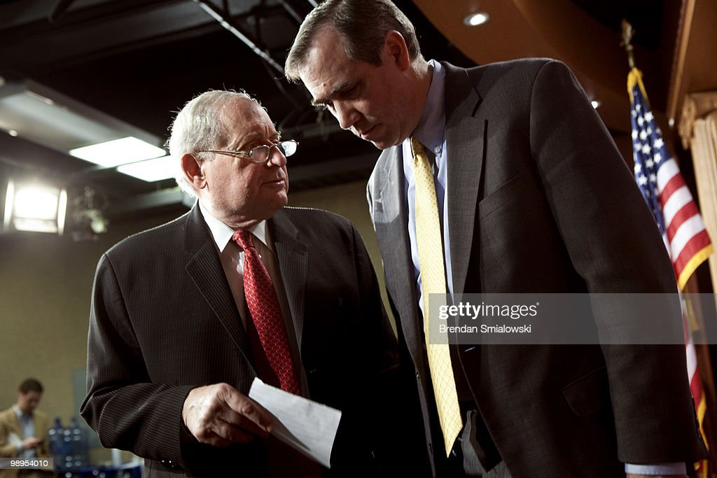 Sen. <a gi-track='captionPersonalityLinkClicked' href=/galleries/search?phrase=Carl+Levin&family=editorial&specificpeople=208878 ng-click='$event.stopPropagation()'>Carl Levin</a> (D-MI) (L) and Sen. <a gi-track='captionPersonalityLinkClicked' href=/galleries/search?phrase=Jeff+Merkley&family=editorial&specificpeople=5507302 ng-click='$event.stopPropagation()'>Jeff Merkley</a> (D-OR) leave after a press conference on Capitol Hill May 10, 2010 in Washington, DC. Levin and Merkley held the press conference to speak about an amendment they are proposing for Wall Street reform legislation to target high risk proprietary trading.
