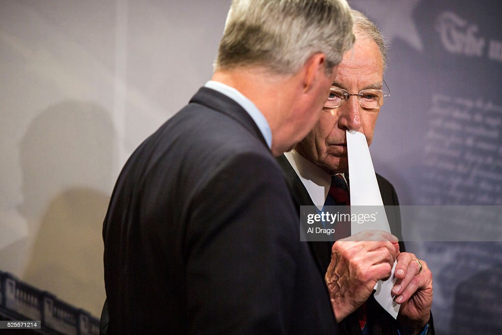 STATES - APRIL 28 - Sen. Chuck Grassley, R-Iowa, speaks with Sen. Sheldon Whitehouse, D-R.I., during a news conference about proposed criminal sentencing reform legislation, in the U.S. Capitol in Washington, Thursday, April 28, 2016.