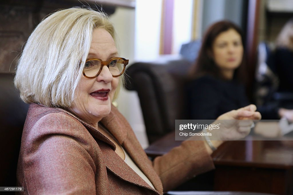 Sen. <a gi-track='captionPersonalityLinkClicked' href=/galleries/search?phrase=Claire+McCaskill&family=editorial&specificpeople=3951404 ng-click='$event.stopPropagation()'>Claire McCaskill</a> (D-MO) (L) and Sen. <a gi-track='captionPersonalityLinkClicked' href=/galleries/search?phrase=Kelly+Ayotte&family=editorial&specificpeople=6986995 ng-click='$event.stopPropagation()'>Kelly Ayotte</a> (R-NH) hold a briefing with reporters at the U.S. Capitol February 6, 2014 in Washington, DC. Both former prosecutors, the senators talked to reporters ahead of a potential renewed Senate floor debate over additional measures to curb rapes and sexual assaults in the military.