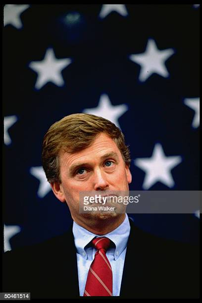 Sen Dan Quayle RInd VP cand making funny face w blurred flag bkgrd