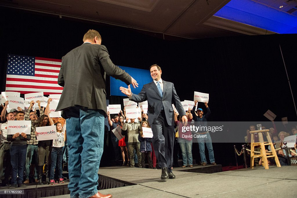 Sen. <a gi-track='captionPersonalityLinkClicked' href=/galleries/search?phrase=Dean+Heller&family=editorial&specificpeople=3945227 ng-click='$event.stopPropagation()'>Dean Heller</a> (D-NV) (L) greets Republican presidential candidate, Sen. <a gi-track='captionPersonalityLinkClicked' href=/galleries/search?phrase=Marco+Rubio+-+Politician&family=editorial&specificpeople=11395287 ng-click='$event.stopPropagation()'>Marco Rubio</a> at the Peppermill Resort Spa/Casino February 22, 2016 in Reno, Nevada. Recent polls in Nevada show Rubio slightly ahead of Sen. Ted Cruz (R-TX), but far behind front-runner, businessman Donald Trump.