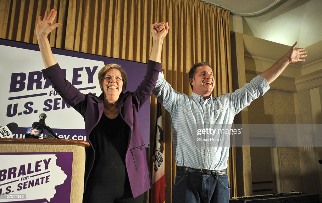 U.S. Sen. Elizabeth Warren (D-MA) campaigns for U.S. Rep. Bruce Braley (D-IA) on October 19, 2014 in Des Moines, Iowa. Braley is in a tight race for a Senate seat against Republican challenger Joni Ernst.