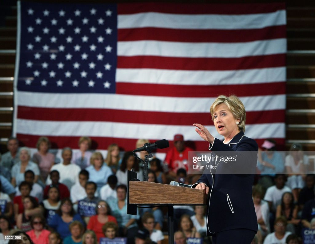 S Sen Hillary Clinton campaigns for presumptive Democratic presidential nominee US Sen Barack Obama at Green Valley High School August 8 2008 in...