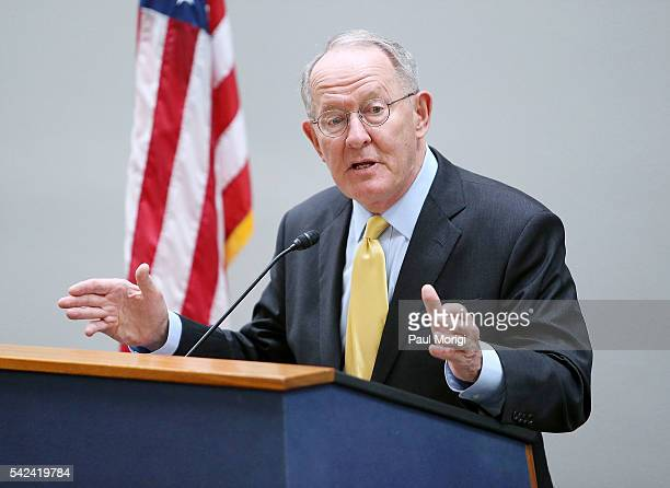 Sen Lamar Alexander speaks to music educators at a lobby day on the Hill kickoff event at the Hart Senate Building on June 23 2016 in Washington DC