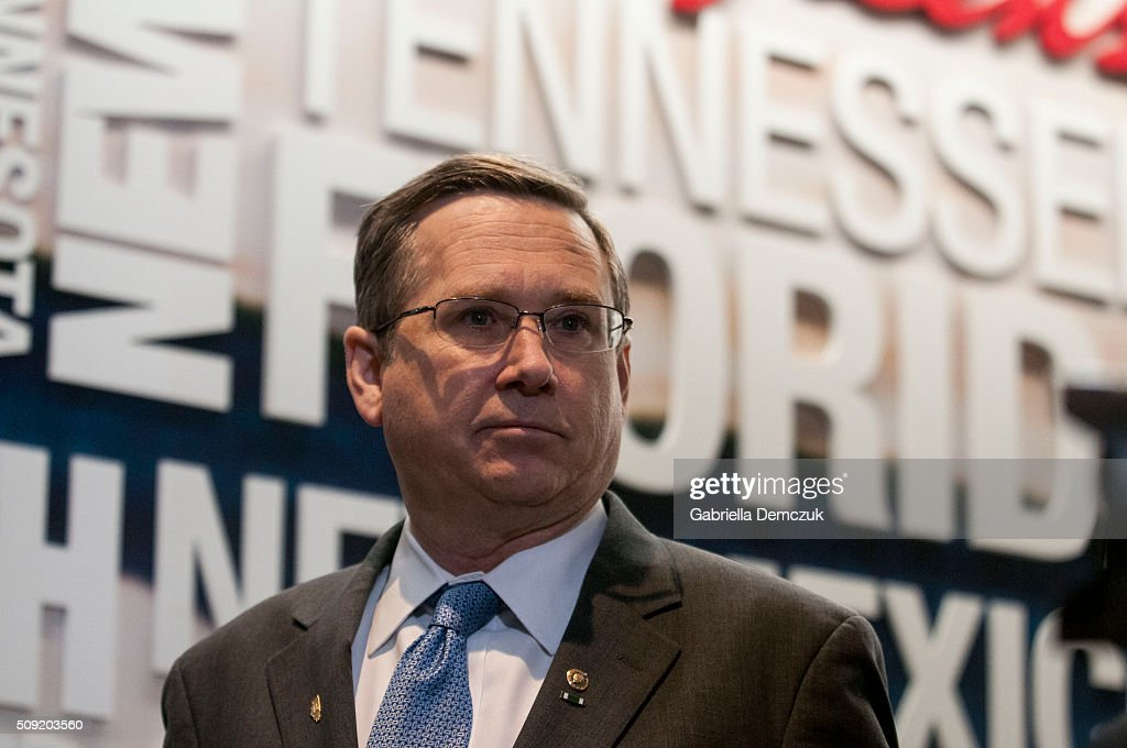Sen. Mark Kirk (R-IL) attends the unveiling of a multi-state program to combat opioid abuse in the U.S. at a Walgreens store on February 9, 2016 in Washington, DC. More than 500 Walgreens drugstores will have safe medication disposal kiosks installed, and livesaving opioid antidote naloxone will be made available without prescription in 35 states throughout the U.S.