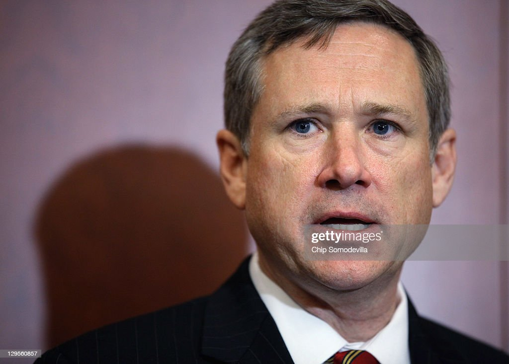 U.S. Sen. <a gi-track='captionPersonalityLinkClicked' href=/galleries/search?phrase=Mark+Kirk&family=editorial&specificpeople=2707485 ng-click='$event.stopPropagation()'>Mark Kirk</a> (R-IL) speaks during a news conference about the 25th anniversary of the Electronic Communications Privacy Act (ECPA) October 18, 2011 in Washington, DC. Kirk and U.S. Sen. Ron Wyden (D-OR) called for the ECPA legislation to be updated so to ensure that the government must get a warrant from a judge before tracking our movements or reading our private communications.