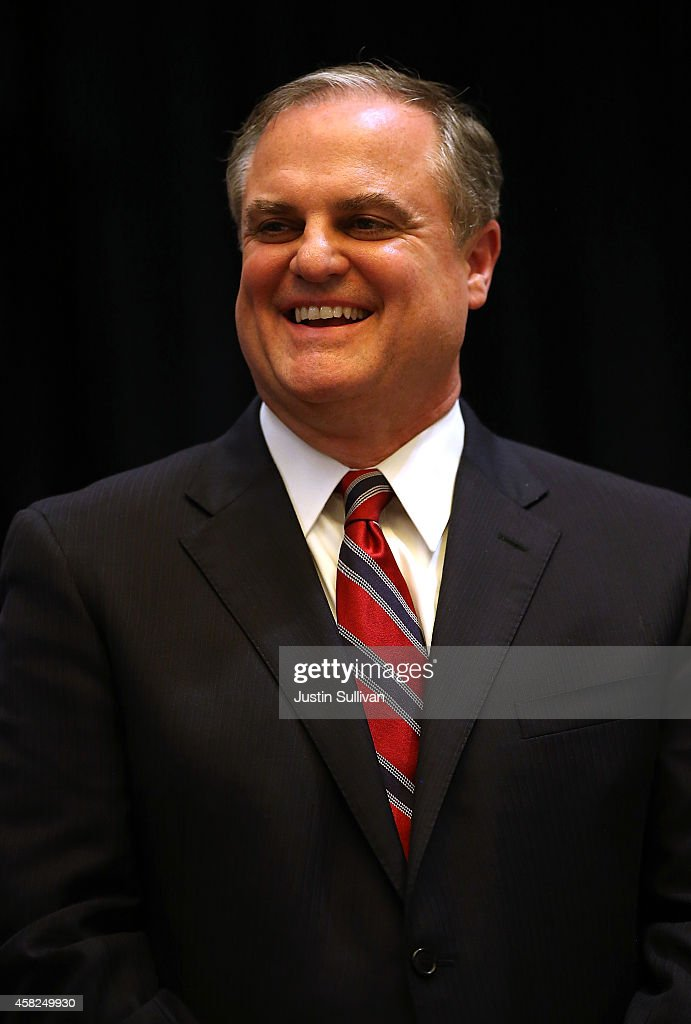 U.S. Sen. <a gi-track='captionPersonalityLinkClicked' href=/galleries/search?phrase=Mark+Pryor&family=editorial&specificpeople=788037 ng-click='$event.stopPropagation()'>Mark Pryor</a> (D-AR) looks on during the Arkansas Military Veteran's Hall of Fame induction ceremony on November 1, 2014 in Little Rock, Arkansas. WIth less than a week to go before election day U.S. Sen. <a gi-track='captionPersonalityLinkClicked' href=/galleries/search?phrase=Mark+Pryor&family=editorial&specificpeople=788037 ng-click='$event.stopPropagation()'>Mark Pryor</a> (D-AR) is trailing republican candidate for senate, U.S. Rep. Tom Cotton (R-AR).