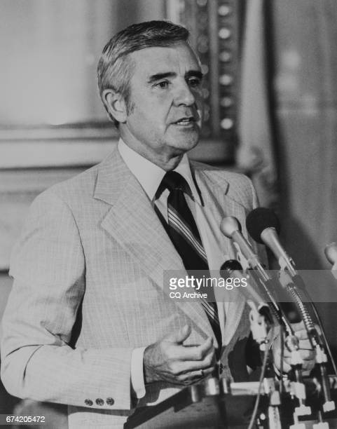 Sen Paul Laxalt RNev at a press conference on Aug 12 1983