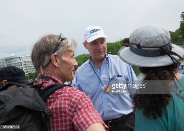 US Sen Sheldon Whitehouse takes part at Climate March in Washington DC on April 29 2017 for the Climate March