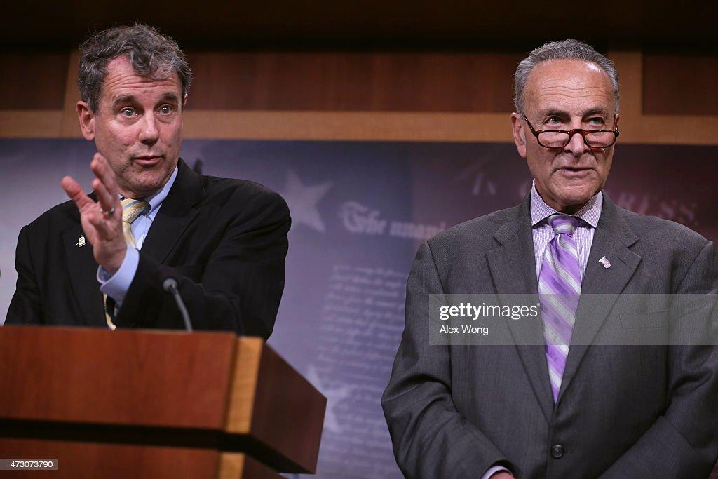 Senate Democrats Discuss Trade Bill