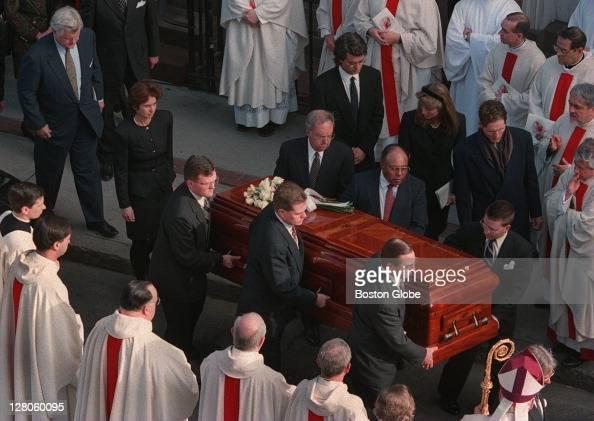 Senator Edward Kenedy Casket: Funeral For Rose Kennedy Pictures
