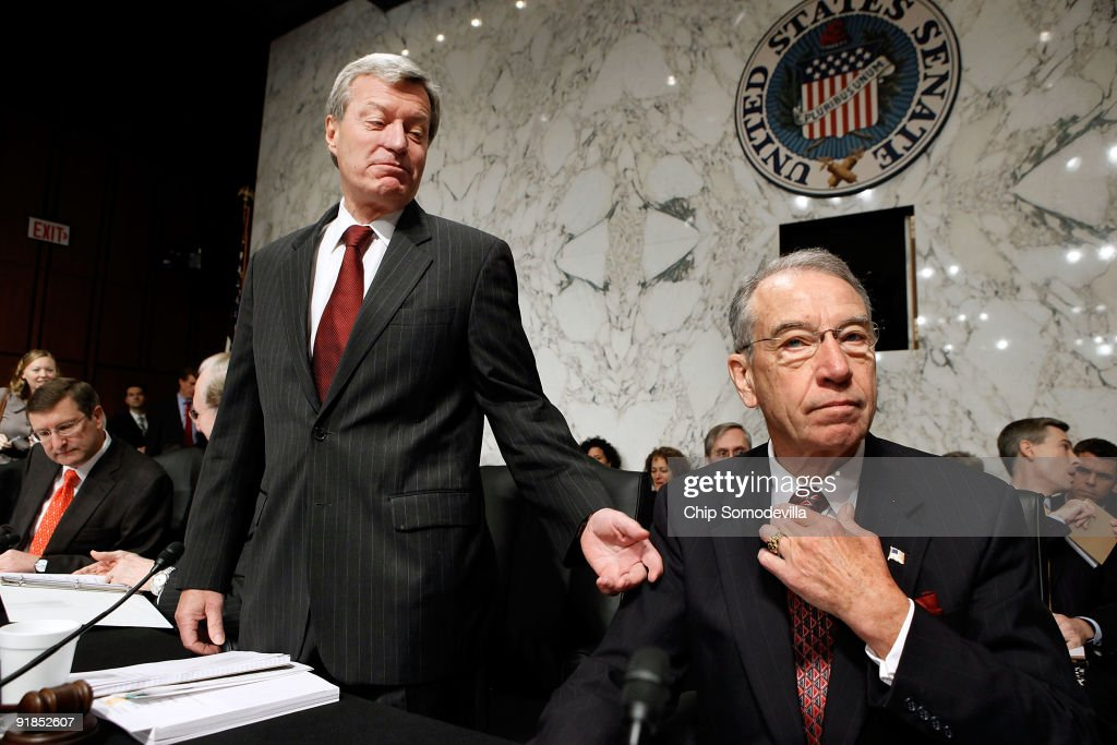 Senate Finance Committee Chairman <a gi-track='captionPersonalityLinkClicked' href=/galleries/search?phrase=Max+Baucus&family=editorial&specificpeople=242972 ng-click='$event.stopPropagation()'>Max Baucus</a> (D-MT) (L) talks with ranking member Sen. Charles Grassley (R-IA) before the committee is set to vote on health care reform legislation on Capitol Hill October 13, 2009 in Washington, DC. Senator Olympia Snowe (R-ME) has not tipped her hand about which way she will vote on the groundbreaking legislation but some believe she may be the only Republican to vote for the bill.