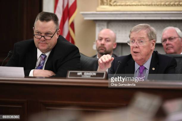 Senate Veterans' Affairs Committe raning member Sen Jon Tester and Chairman Johnny Isakson question Veterans Affairs Secretary David Shulkin during a...
