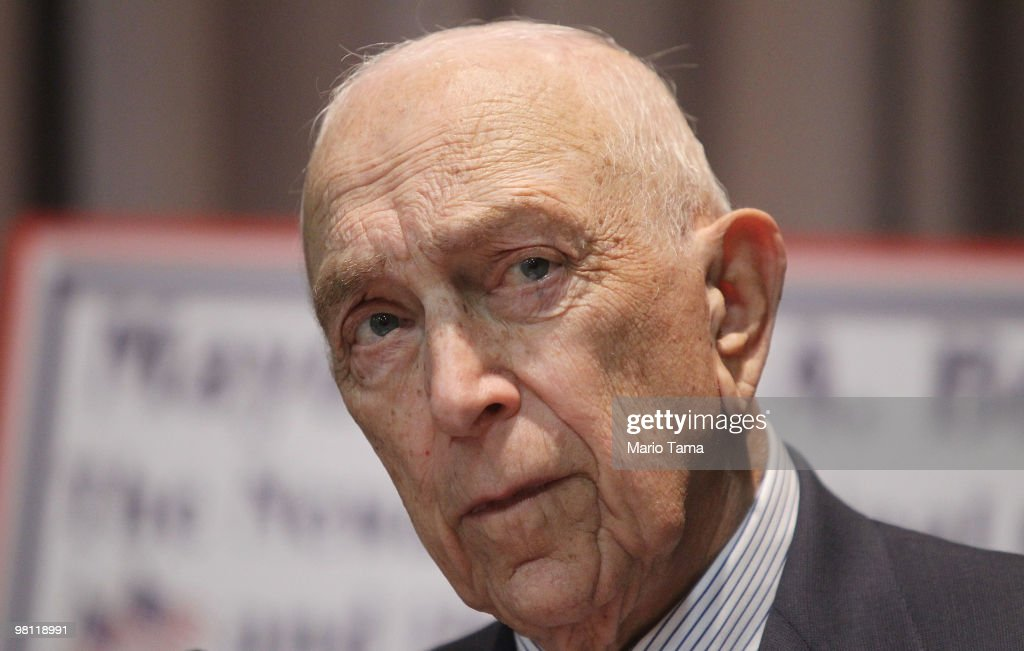 U.S. Senator and World War II veteran <a gi-track='captionPersonalityLinkClicked' href=/galleries/search?phrase=Frank+Lautenberg&family=editorial&specificpeople=240397 ng-click='$event.stopPropagation()'>Frank Lautenberg</a> (D-NJ) speaks at a free veterans job fair at Rutgers University March 29, 2010 in Newark, New Jersey. Public and private sector employers attended along with agencies providing support to veterans. First time jobless claims numbers fell to their lowest level in six weeks last week as the economy shows possible signs of recovery.