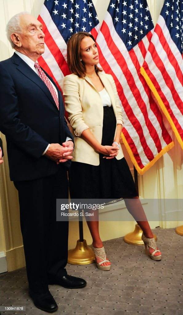 Senator <a gi-track='captionPersonalityLinkClicked' href=/galleries/search?phrase=Frank+Lautenberg&family=editorial&specificpeople=240397 ng-click='$event.stopPropagation()'>Frank Lautenberg</a> (D-N.J.) and <a gi-track='captionPersonalityLinkClicked' href=/galleries/search?phrase=Jessica+Alba&family=editorial&specificpeople=201811 ng-click='$event.stopPropagation()'>Jessica Alba</a> join Safer Chemicals, Healthy Families Coalition on Capitol Hill to discuss the Safe Chemicals Act at the United States Capitol on May 24, 2011 in Washington, DC.