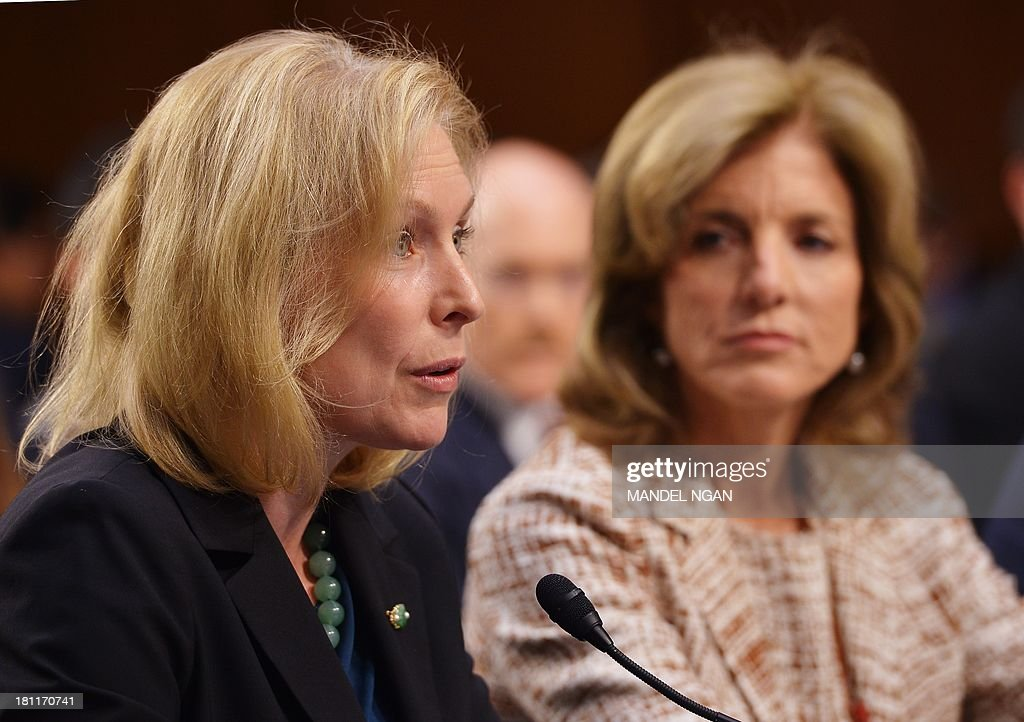 Senator Kirsten Gillibrand (L), D-NY, introduces Caroline Kennedy (R) at the Senate Foreign Relations Committee nomination hearing for Kennedy to be ambassador to Japan in the Hart Senate Office Building on Capitol Hill in Washington, DC on September 19, 2013. AFP PHOTO/Mandel NGAN