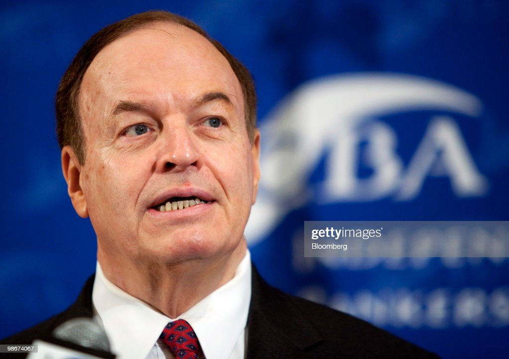 Senator Richard Shelby, a Republican from Alabama, speaks at an Independent Community Bankers of America conference in Washington, D.C., U.S., on Monday, April 26, 2010. Shelby, a lead negotiator of the financial-reform overhaul bill, said Republicans will block Democratic efforts to proceed to a debate of the measure in a key test vote today, saying the maneuver would help them get more negotiating leverage. Photographer: Joshua Roberts/Bloomberg via Getty Images