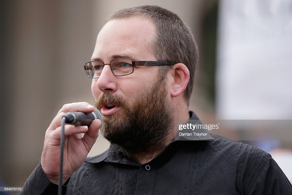Senator Ricky Muir speaks on the steps of Parliament House on May 25, 2016 in Melbourne, Australia. The Federal Government is expected to announce an assistance package for dairy farmers, who have been struggling due to falling milk prices in recent months.
