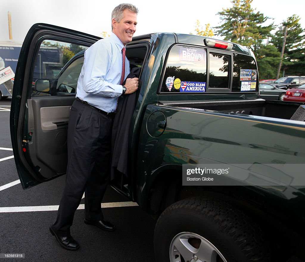 Senator Scott Brown arrives at the WBZ-TV studio for his first debate with Elizabeth Warren, Democratic Senate candidate in Massachusetts.