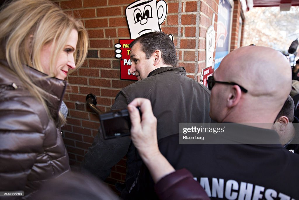 Senator Ted Cruz, a Republican from Texas and 2016 presidential candidate, arrives at the Red Arrow Diner in Manchester, New Hampshire, U.S., on Tuesday, Feb. 9, 2016. Voters in New Hampshire took to the polls today in the nations first primary in the U.S. presidential race. Photographer: Daniel Acker/Bloomberg via Getty Images
