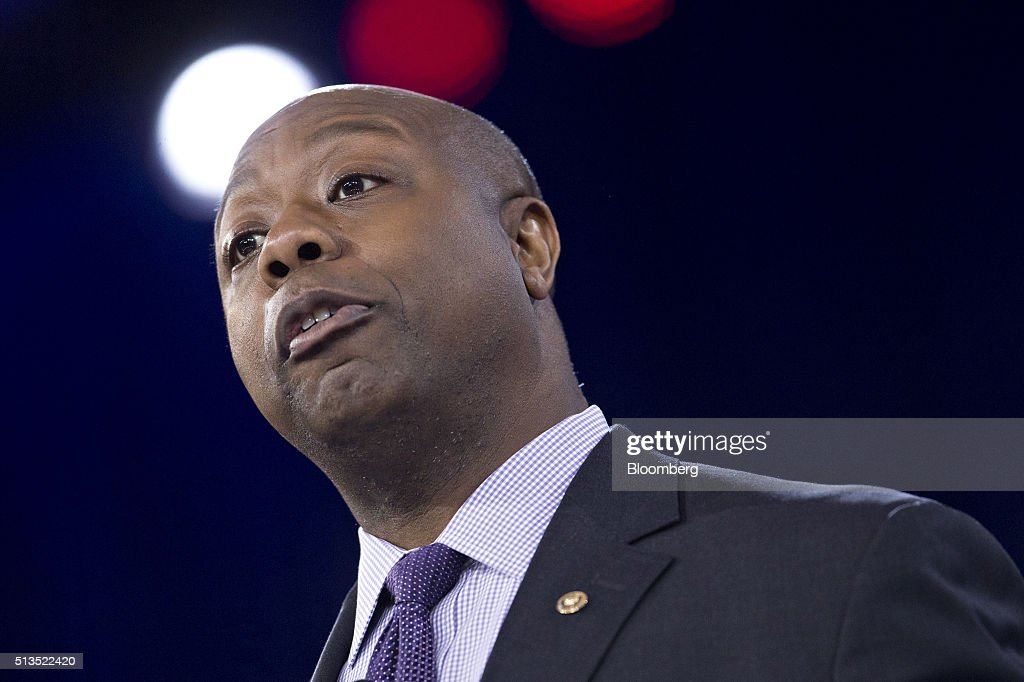 Senator <a gi-track='captionPersonalityLinkClicked' href=/galleries/search?phrase=Tim+Scott+-+Politicus&family=editorial&specificpeople=12898323 ng-click='$event.stopPropagation()'>Tim Scott</a>, a Republican from South Carolina, speaks during the American Conservative Unions Conservative Political Action Conference (CPAC) meeting in National Harbor, Maryland, U.S., on Thursday, March 3, 2016. CPAC runs until March 5 with the five remaining 2016 Republican presidential candidates speaking. Photographer: Andrew Harrer/Bloomberg via Getty Images
