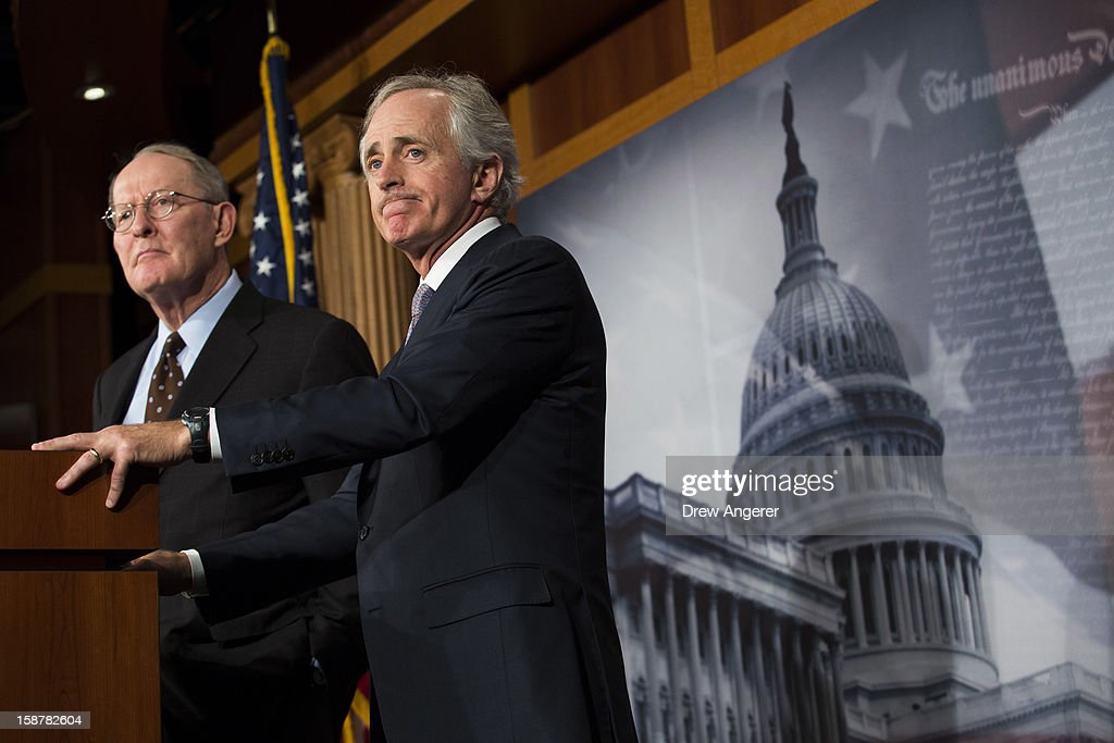 US Senators Lamar Alexander and Bob Corker hold a news conference about the 'Fiscal Cliff' on Capitol Hill December 28 2012 in Washington DC Senators...
