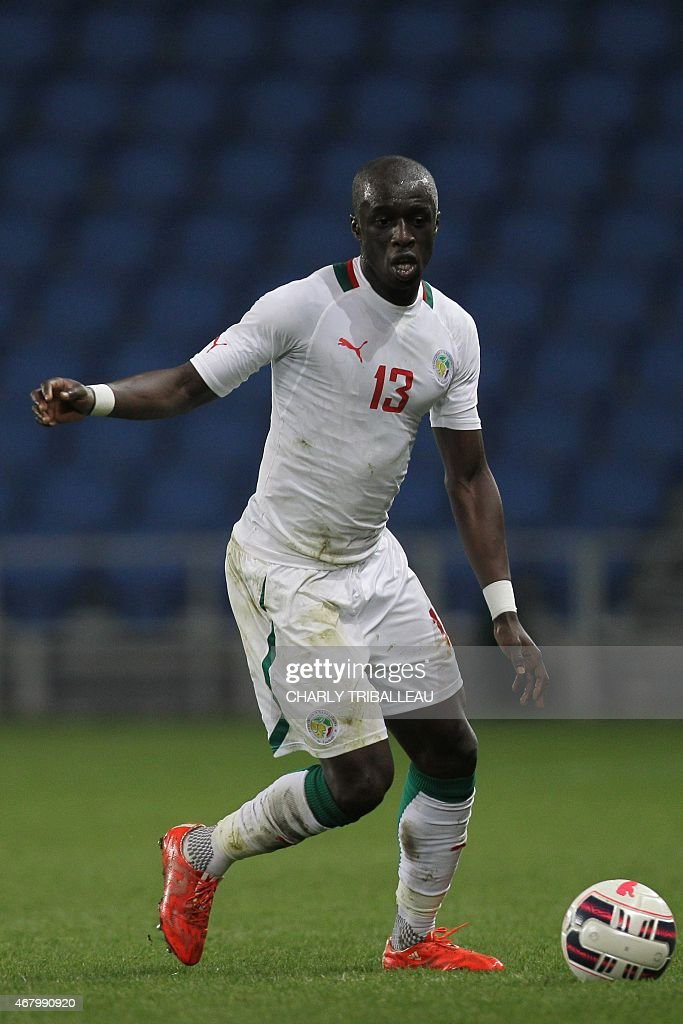Senegal's Cheikh Mbengue controls the ball during the International Friendly football match between Senegal and Ghana on March 28, 2015 at the Oceane stadium, in Le Havre, northwestern France.