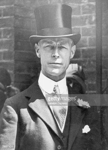 Senior British civil servant and Permanent Secretary to the treasury Sir Warren Fisher 21st January 1933
