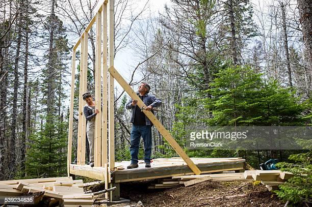 Couple Senior développer leur rêve maison de Nouvelle Ecosse, Canada.
