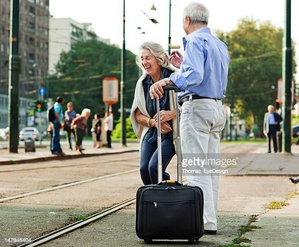 couple Senior première sur les vols européens vacances