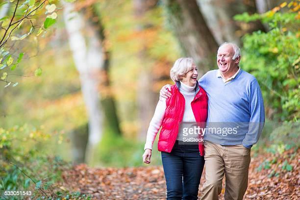 Couple âgé en bois
