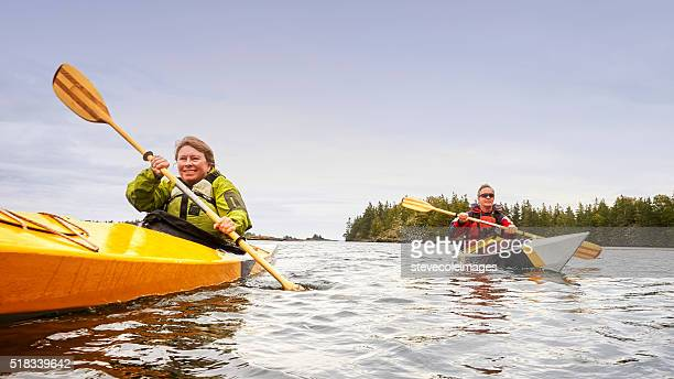 Senior Couple en kayak