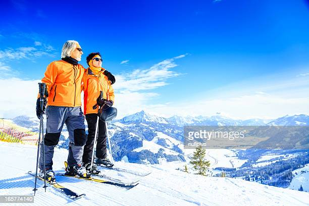 Altes Paar Ski