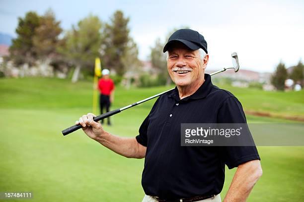 Senior golfeur