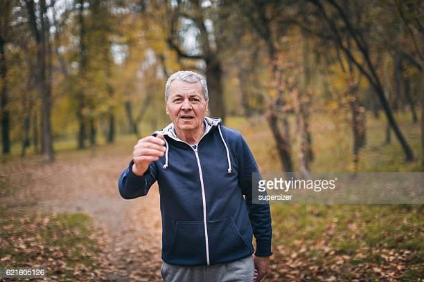 Senior man exercizing outdoors