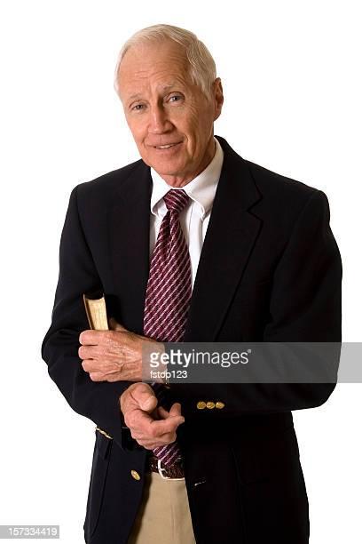 Uomo anziano in abito