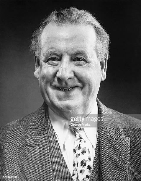 Alter Mann Lächeln, (B & W), Nahaufnahme, Porträt