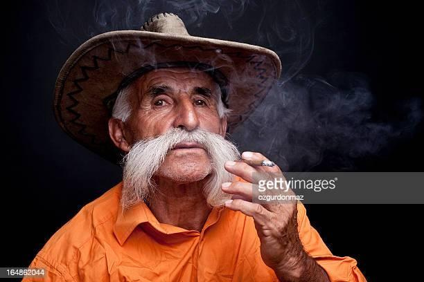 老人男性喫煙)