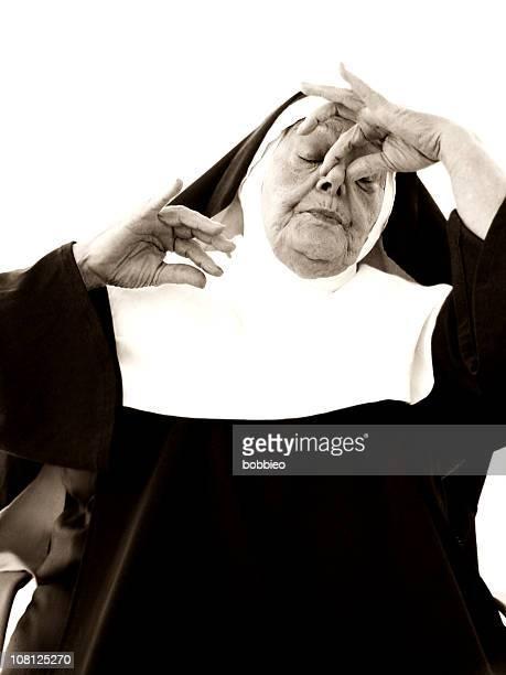 Senior Nonne Zwicken Nase Nähe, Sepia