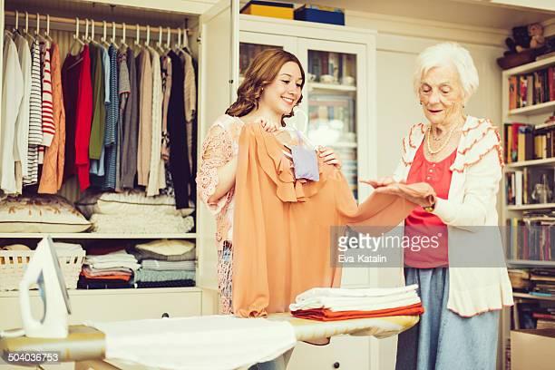 Mujer Senior en casa