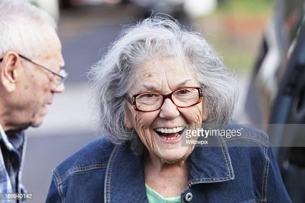 Senior Frau lächelnd