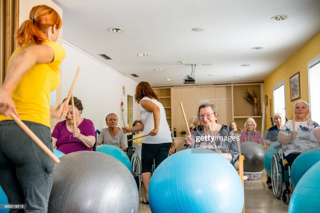 Seniors In The Retirement Home Having Group Therapy : Stock Photo