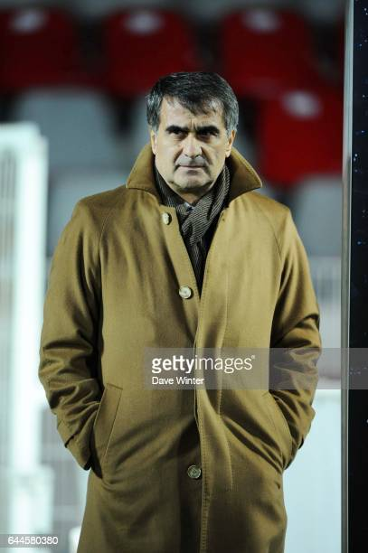 Senol GUNES Lille / Trabzonspor Champions League 2011/2012 Photo Dave Winter / Icon Sport