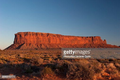 Sentinel Mesa, Monument Valley, Utah, USA